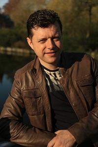 Олег Ш., Франция